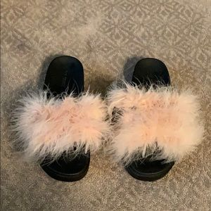 Feather slides. 7/7.5